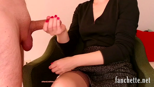 Chronicles_of_Mlle_Fanchette_-_Femme_habillee__homme_nu.mp4.00011.jpg