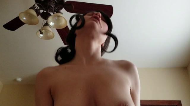 Emmas_Secret_Life_-_Your_Perverted_Mom_Fucks_Your_Big_Cock.mp4.00012.jpg