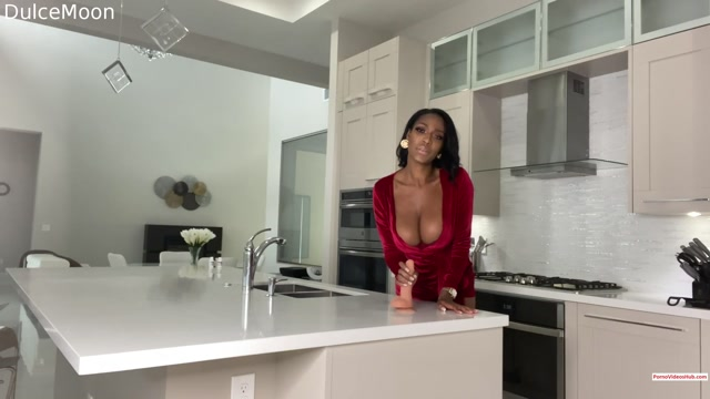 Iwantclips_presents_dulcemoon_in_Dulcemoon_lets_make_love_in_the_kitchen____50.00__Premium_user_request_.mp4.00003.jpg
