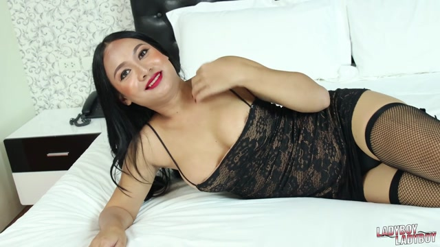 Ladyboy-ladyboy_presents_Nanny_Cums_For_You____13.01.2020.mp4.00004.jpg