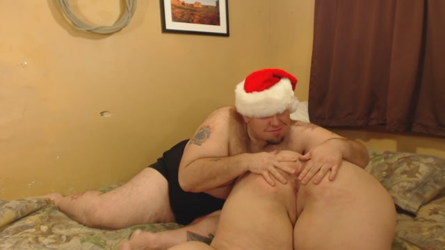 Olivia_Jaide_BBW_-_santas_slut_gets_fucked.mp4.00004.jpg