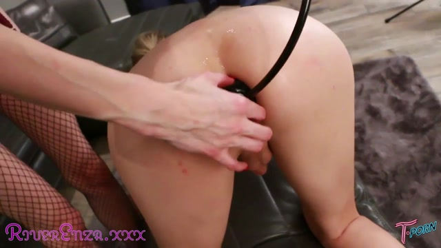 T.porn_presents_River_Enza_Gape_Training_1_1_720p_by_ma.mp4.00009.jpg