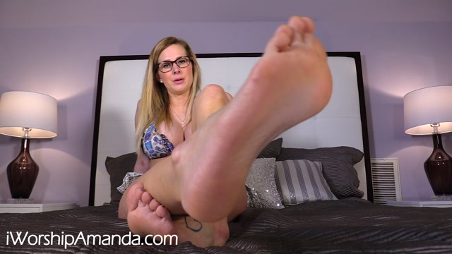 Watch Online Porn – Worship Amanda – Humiliating Foot Worship JOI (MP4, FullHD, 1920×1080)