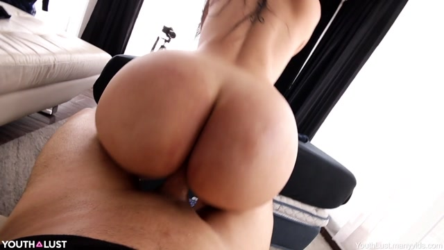 Watch Free Porno Online – YouthLust – Brooke Tries Anal (MP4, FullHD, 1920×1080)