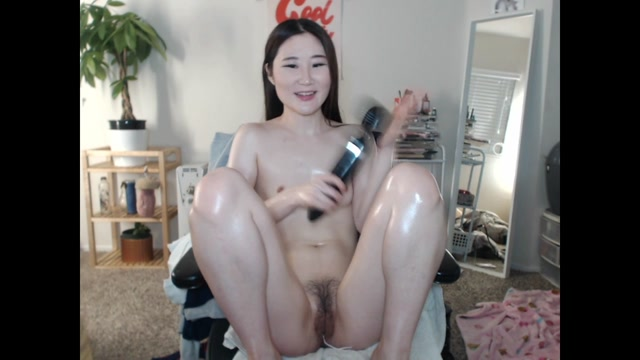 Watch Online Porn – yummykimmy – Oil and Cum Show (MP4, HD, 1280×720)