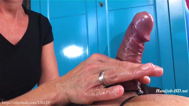 Watch Online Porn – A Nylon Handjob – Triple F Addiction (MP4, FullHD, 1920×1080)