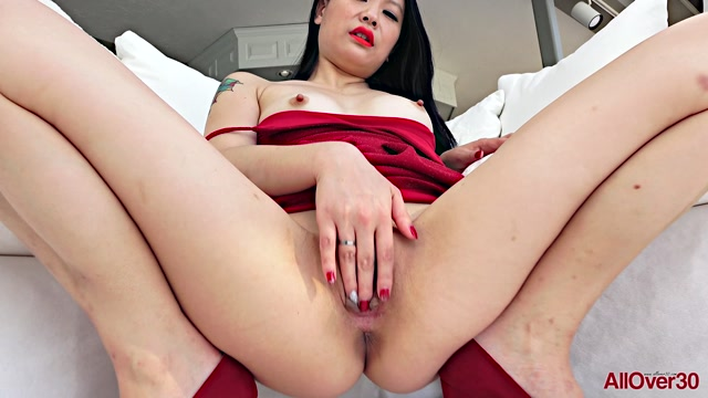 Allover30_presents_Zoe_Lark_30_years_old_Mature_Pleasure___15.02.2020.mp4.00011.jpg