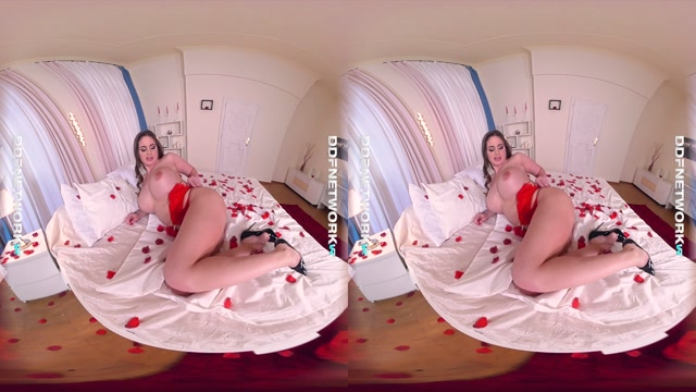 DDFnetworkvr_presents_Mom_s_Valentine_s_Day_Orgasm_Makes_Her_Moan_-_Cathy_Heaven.mp4.00006.jpg