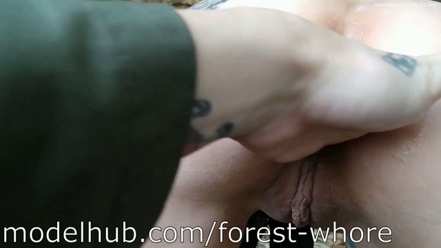 Forest_Whore_-_20___Hardcore_public_fisting__2019-10_.mp4.00004.jpg
