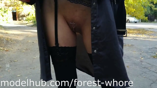 Forest_Whore_-_21___Sexy_public_fun__2019-10_.mp4.00000.jpg