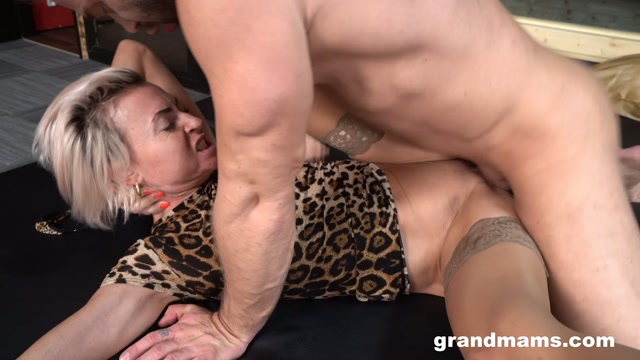 Watch Online Porn – GrandMams presents Fit Granny Fucked By Big Stud (MP4, FullHD, 1920×1080)