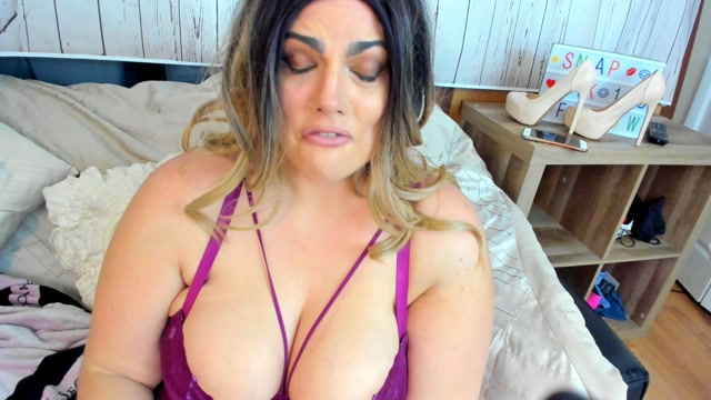 Kateskurves_-_BBW_says_you_don_t_measure_up..SPH.mp4.00011.jpg