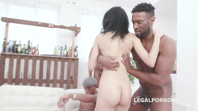 Watch Online Porn – LegalPorno presents Waka Waka Blacks are Coming, Emily Pink Vs 5 BBC with Balls Deep Anal, DAP, Gapes, Creampie Swallow GIO1308 – 29.02.2020 (MP4, HD, 1280×720)