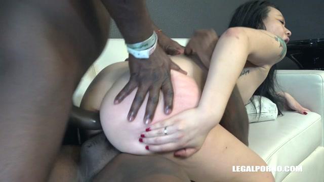 LegalPorno_presents_Zoe_Lark_goes_black_IV464___02.02.2020.mp4.00008.jpg