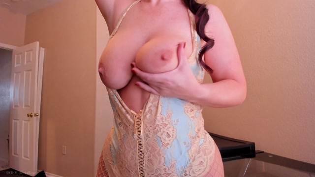 ManyVids_presents_Victoria_Raye_aka_Sweet_Victoria_in_Renassaince_Finger_Fucking_HD_Video_011018.mp4.00008.jpg