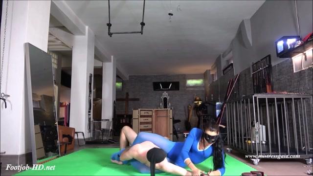 Watch Online Porn – Mistress Gaia – Sexy Pantyhose Torment (MP4, HD, 1280×720)