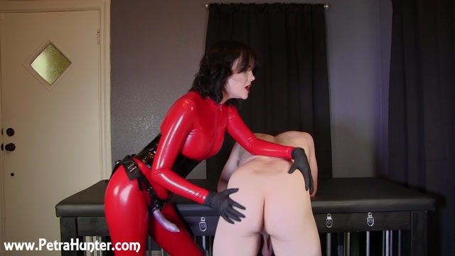 Mistress_Petra_Hunter_-_Spanked_Probed_And_Pegged.mp4.00001.jpg