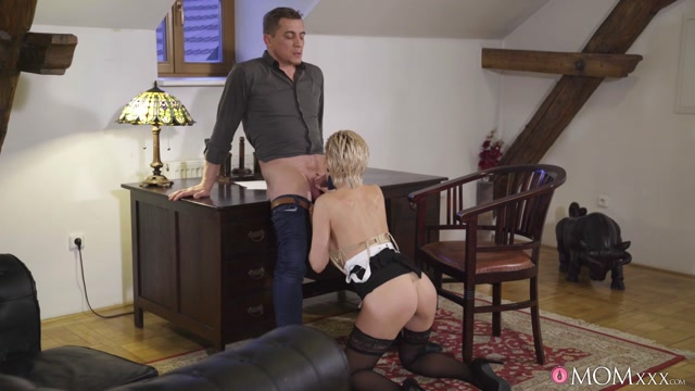 MomXXX_presents_Subil_Arch_-_Russian_MILF_romanced_in_stockings___20.02.2020.mp4.00005.jpg