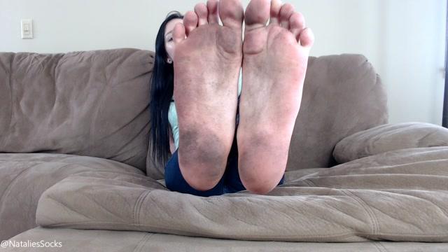Natalies_Socks_-_filthy_feet_JOI.mp4.00009.jpg