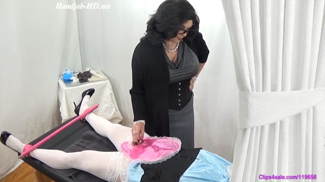 Nightly_Ruined_Sissy_Cream_Milking_-_Forced_By_Mommy.mp4.00015.jpg