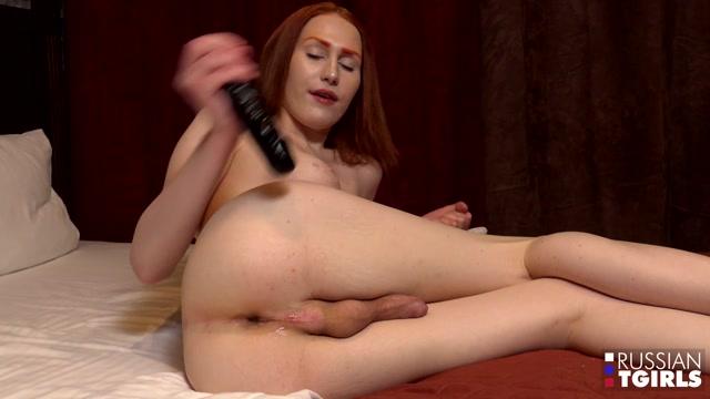 Russian-tgirls_presents_Lalola_Is_Back____28.02.2020.mp4.00014.jpg