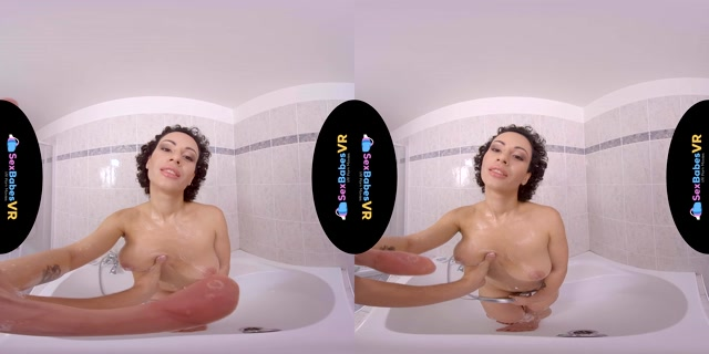 Sexbabesvr_presents_Home_For_Love_-_Stacy_Bloom_4K.mp4.00000.jpg