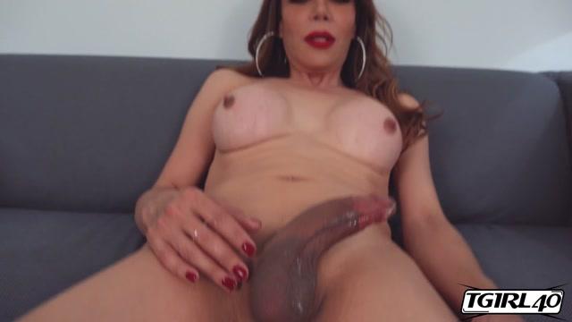 Tgirl40_presents_Big_Boobs__Sofia_Sanders__Climax___27.02.2020.mp4.00014.jpg