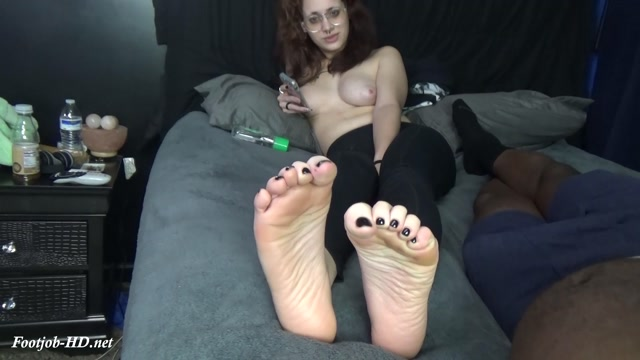 Topless_Mana_-_Solemates_and_Footjobs.mp4.00001.jpg