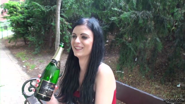 WDGirls_presents_2016-07-09_-_Alice_-_alice2_part1_hd.mp4.00006.jpg