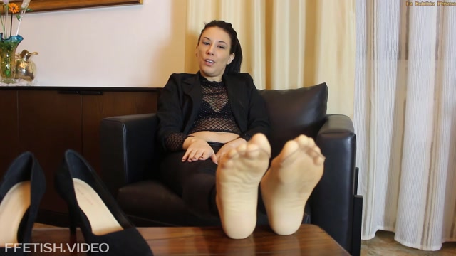 Watch Free Porno Online – Goddess Hilary Blaze – LE MANI D'ORO DI MIO FIGLIO – THE GOLD HANDS OF MY SON (MP4, FullHD, 1920×1080)