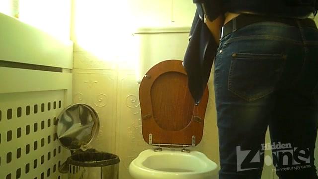 Watch Online Porn – Hidden Zone WC – hz_Wc2984 (AVI, HD, 1280×720)