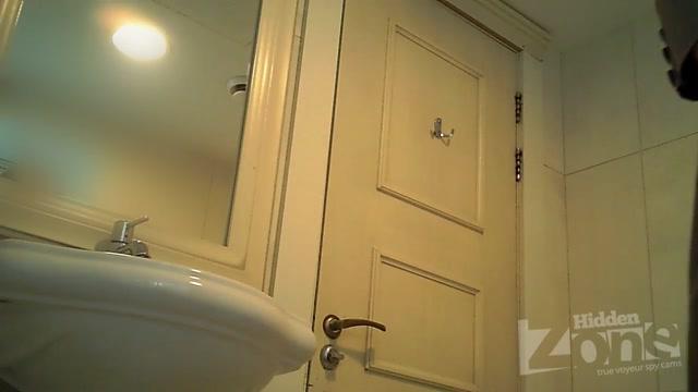 Watch Online Porn – Hidden Zone WC – hz_Wc2988 (AVI, HD, 1280×720)