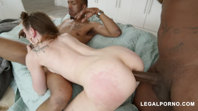 LegalPorno_presents_Lily_Glee_tries_hard_to_take_all_she_can_Gapes_AtM_ATP_AA060___29.03.2020.mp4.00006.jpg
