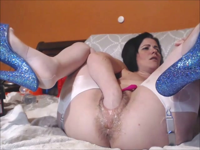 Queenvivian_hairy_pussy_pump_and_double_fisting.mp4.00002.jpg