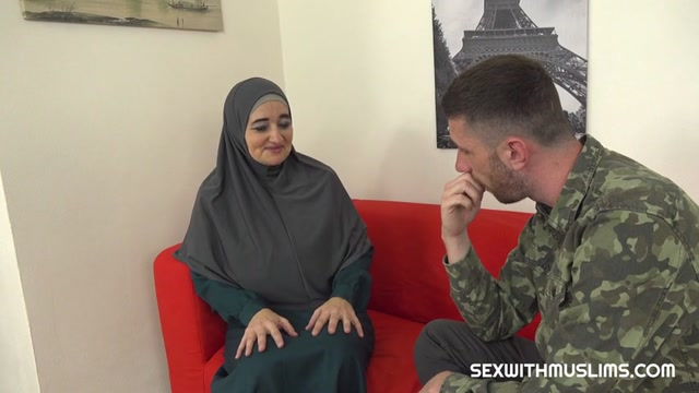 SexWithMuslims_presents_Ameli_-_Muslim_milf_pays_for_service_with_her_body___06.03.2020.mp4.00001.jpg
