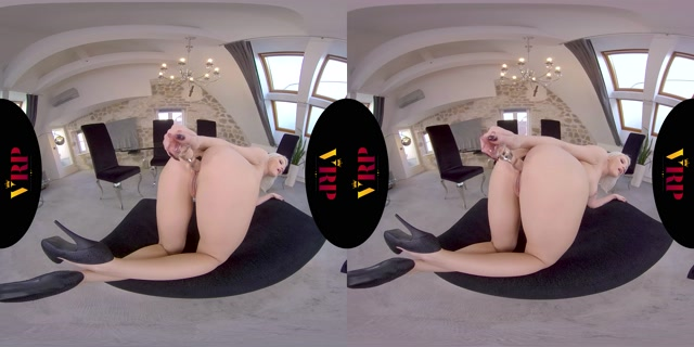VRPfilms_presents_Deep_Inside_-_Zazie_Skymm_5K.mp4.00010.jpg