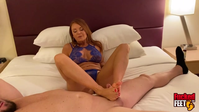 ifuckedfeet_presents_Janet_Mason_-_Reconnecting_With_a_Legend_.mp4.00013.jpg