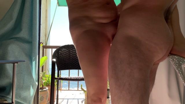 Erin_Electra_-_Mom_On_Vacation_By_The_Ocean_Fucks_Son.mp4.00012.jpg