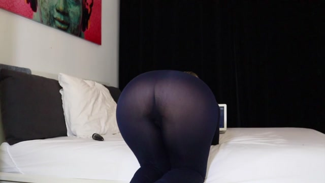 Helena_Lana_-_Laundry_Day_Huge_Buttplug_In_Her_Asshole.mp4.00007.jpg