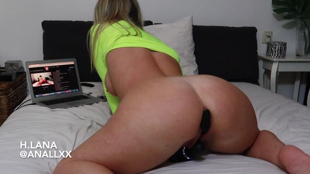 Helena_Lana_-_Mastrubate_Buttplugged.mp4.00008.jpg