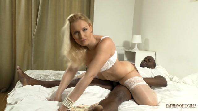 KathiaNobiliGirls_-_YOUR_HOT_WIFE_and_the_real_PERV_CUCKOLD_ROLE__-_P1.mp4.00012.jpg