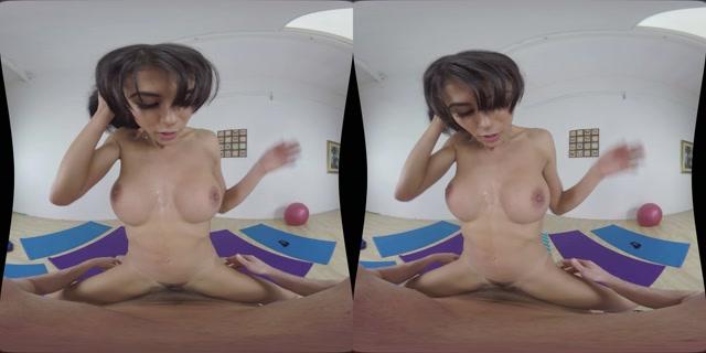 MilfVR_presents_Downward_Doggystyle_-_Heather_Vahn_Remaster.mp4.00010.jpg