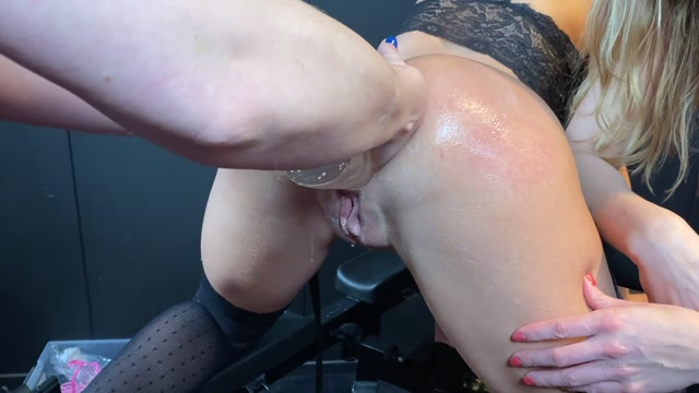 Siswet19_06-02-20_-_TRIPLE_FIST_and_Multiple_Insertions.mp4.00001.jpg