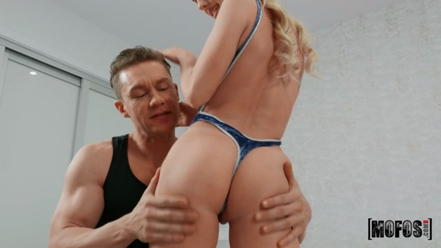 DontBreakMe_presents_Natalie_Knight_-_Petite_Blonde_Cutie___15.05.2020.mp4.00001.jpg
