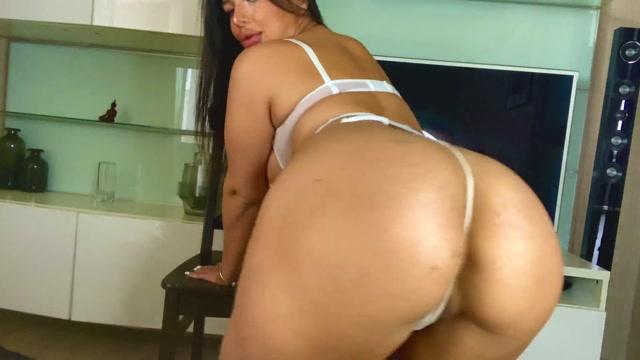Joanna_Bailess_in_015_Big_Ass_Twerking_on_your_Dick_-_Joannabailes.mp4.00014.jpg