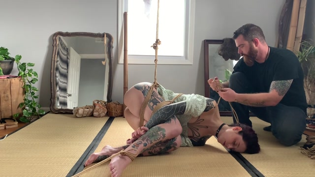 ManyVids_presents_HannibalDamage_in_Dick_on_a_stick_with_Ten____17.99__Premium_user_request_.mp4.00001.jpg