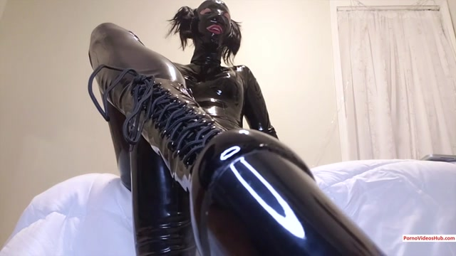 ManyVids_presents_jadelussuria_in_Boot_Worship____10.99__Premium_user_request_.mp4.00006.jpg