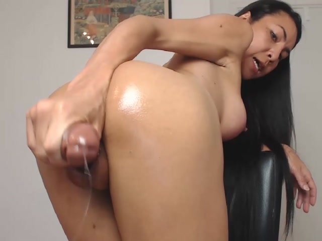 Shemale_Webcams_Video_for_May_10__2020___24.mp4.00002.jpg