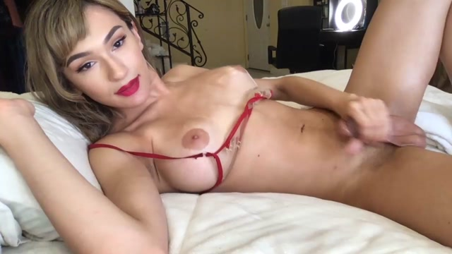 Shemale_Webcams_Video_for_May_22__2020___01.mp4.00004.jpg