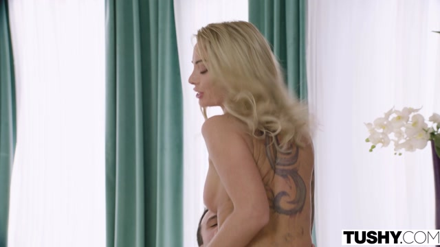 Tushy_presents_Isabelle_Deltore_in_Tourist_Trap___03.05.2020.mp4.00004.jpg